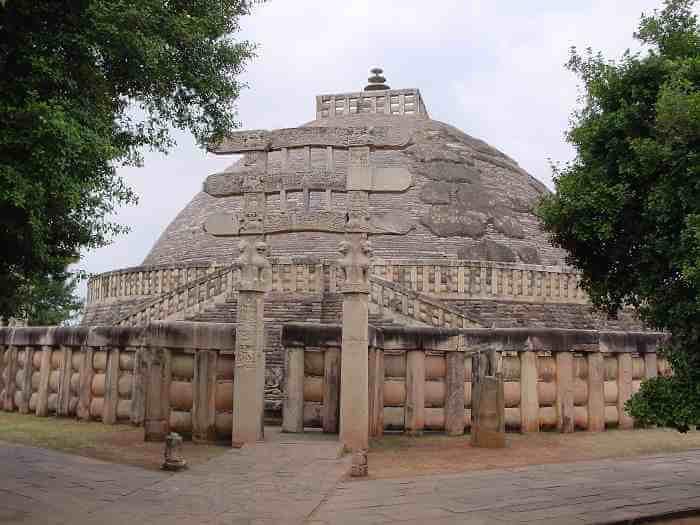 sanchi stupa,gurukulbhopal,gurukul,bhopal,tourist,travel,asharam bapu,asaram ji,hindu
