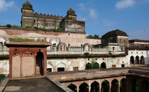 gohar mahal,gurukulbhopal,gurukul,bhopal,tourist,travel,asharam bapu,asaram ji,hindu